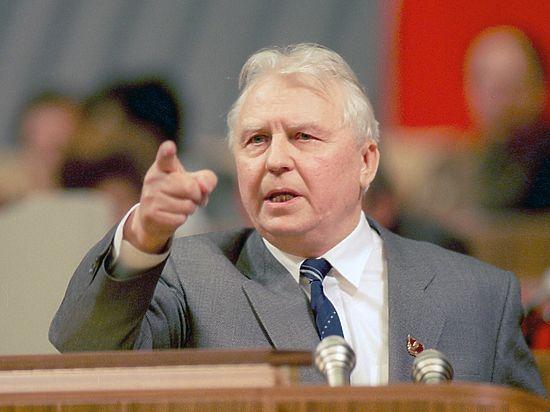 Лигачев против Федорова – кто кого? Возбудят ли уголовное дело против руководителя КПРФ Томской Области?