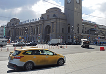 В Москве могут появиться отдельные парковки для «делового» транспорта