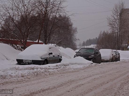 Томские чиновники: коммунальщиков нестоит винить задороги, заваленные снегом