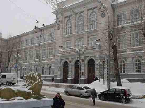 Томский студент из-за взятки пойдет под суд наряду со своим преподавателем