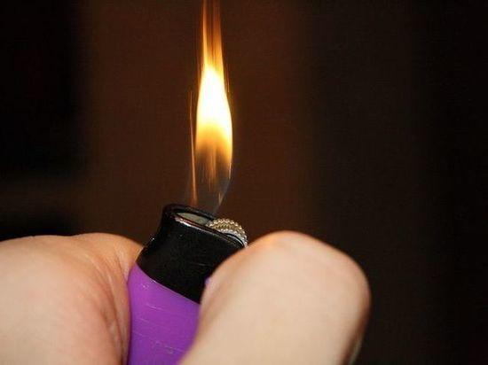 «Баловство с зажигалкой» грозит уголовным делом